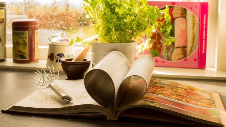 Lifestyle News - Pot Cookbooks