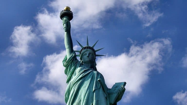 Politics News - New York Dispute Over Revenue