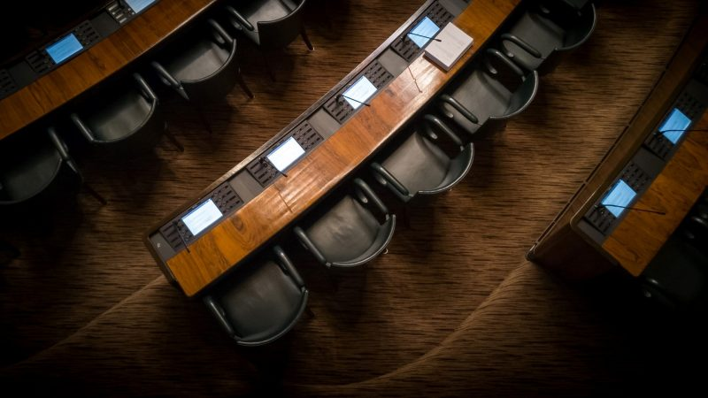 Politics News - Federal Marijuana Legalization Bill Returns to Congress